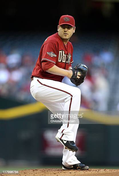 Starting pitcher Joe Saunders of the Arizona Diamondbacks pitches against the San Francisco Giants during the Major League Baseball game at Chase...