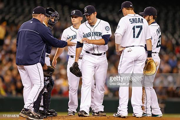 Starting pitcher Joe Saunders of the Seattle Mariners is removed from the game by manager in the second inning against the Pittsburgh Pirates at...