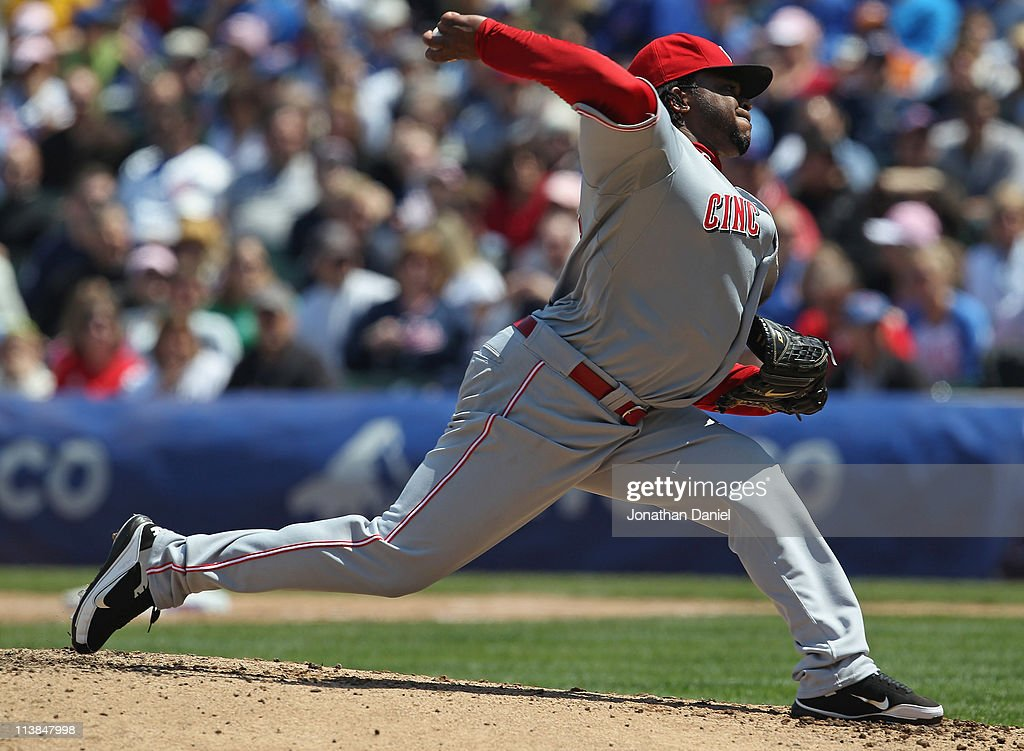 Starting pitcher Johnny Cueto #47 of the Cincinnati Reds delivers the ball against the Chicago Cubs at Wrigley Field on May 8, 2011 in Chicago, Illinois.