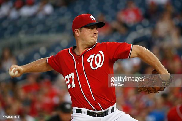 Starting pitcher Jordan Zimmermann of the Washington Nationals throws to a San Francisco Giants batter in the first inning at Nationals Park on July...