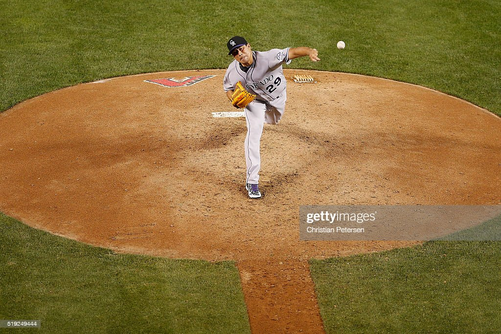 Starting pitcher Jorge De La Rosa #29 of the Colorado Rockies pitches against the Arizona Diamondbacks during the MLB opening day game at Chase Field on April 4, 2016 in Phoenix, Arizona.