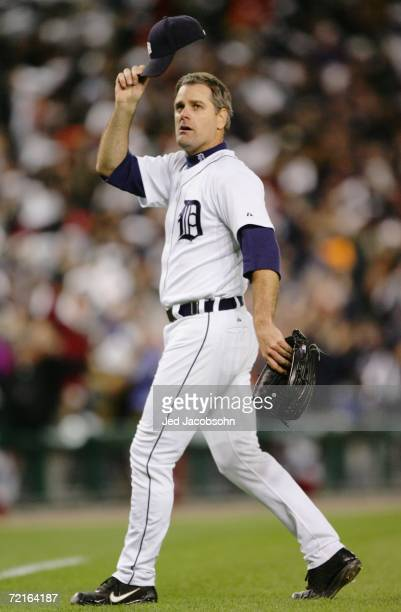 Starting pitcher Kenny Rogers of the Detroit Tigers tips his cap as he leaves the game in the eighth inning of Game Three of the American League...