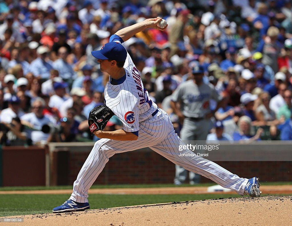 Starting pitcher Kyle Hendricks #28 of the Chicago Cubs delivers the ball against the Los Angeles Dodgers at Wrigley Field on June 2, 2016 in Chicago, Illinois. The Cubs defeated the Dodgers 7-2.