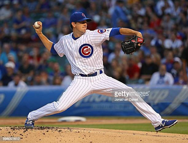 Starting pitcher Kyle Hendricks of the Chicago Cubs delivers the ball against the Pittsburgh Pirates at Wrigley Field on August 30 2016 in Chicago...