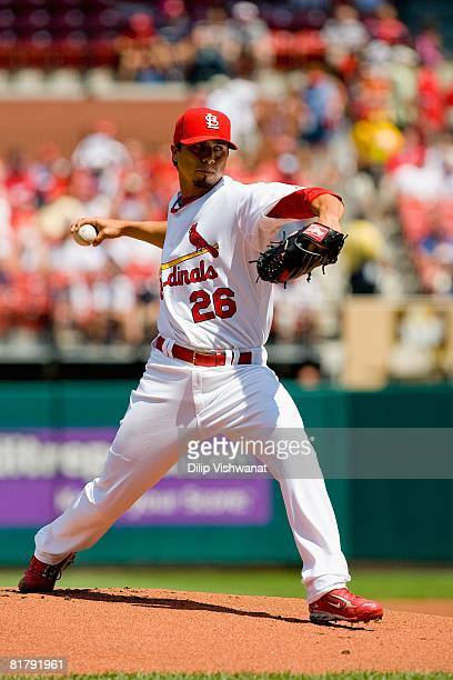 Starting pitcher Kyle Lohse of the St. Louis Cardinals throws against the Philadelphia Phillies on June 14, 2008 at Busch Stadium in St. Louis,...