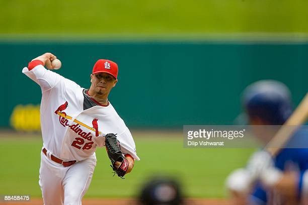 Starting pitcher Kyle Lohse of the St. Louis Cardinals throws against the Kansas City Royals on May 23, 2009 at Busch Stadium in St. Louis, Missouri....