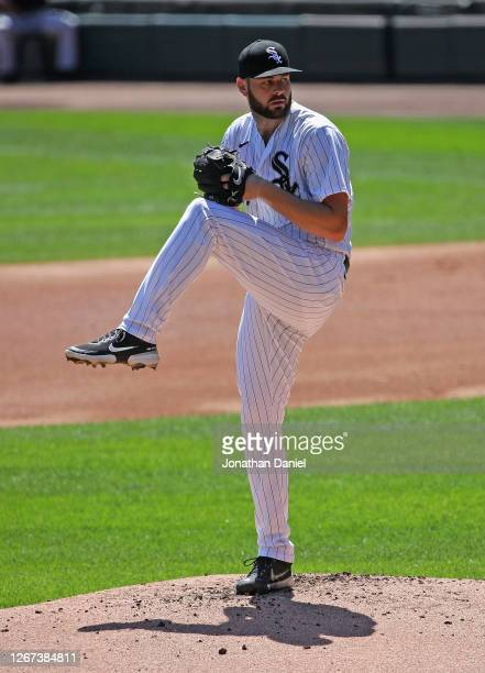 Starting pitcher Lucas Giolito of the Chicago White Sox delivers the ball against the Detroit Tigers at Guaranteed Rate Field on August 20, 2020 in...