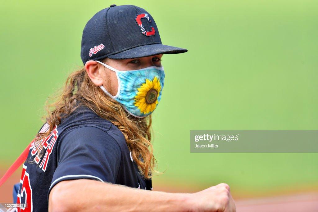 Pittsburgh Pirates v Cleveland Indians : News Photo