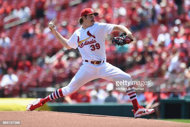 Starting pitcher Miles Mikolas of the St Louis Cardinals pitches in the first inning against the Miami Marlins at Busch Stadium on June 7 2018 in St...