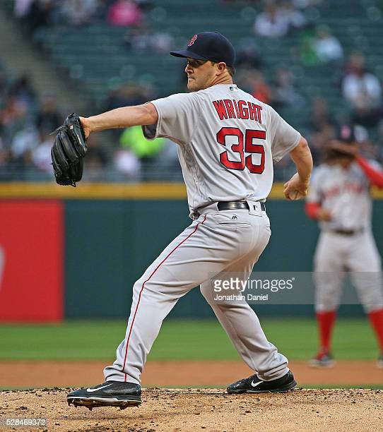 Starting pitcher Steven Wright of the Boston Red Sox delivers the ball against the Chicago White Sox at US Cellular Field on May 3 2016 in Chicago...