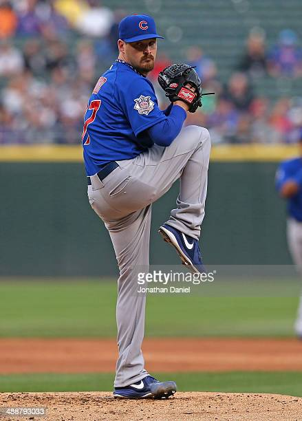 Starting pitcher Travis Wood of the Chicago Cubs delivers the ball against the Chicago White Sox at US Cellular Field on May 7 2014 in Chicago...