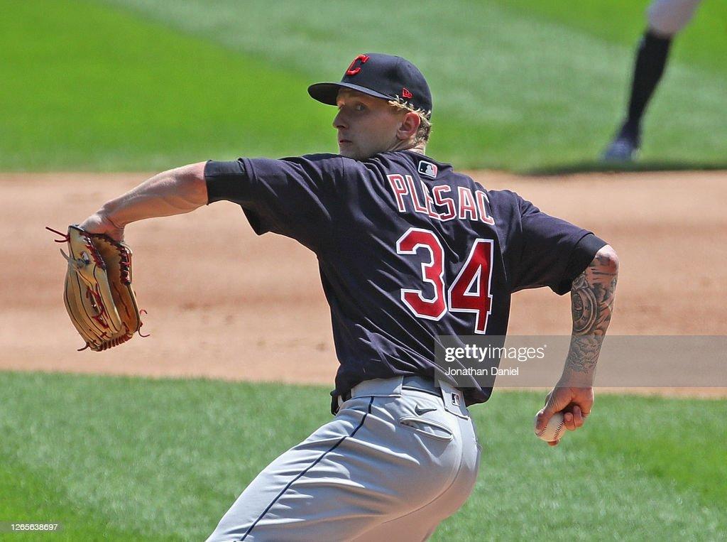 Cleveland Indians v Chicago White Sox : News Photo
