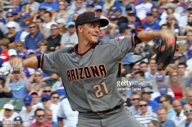 Starting pitcher Zack Greinke of the Arizona Diamondbacks delivers the ball against the Chicago Cubs at Wrigley Field on August 3 2017 in Chicago...