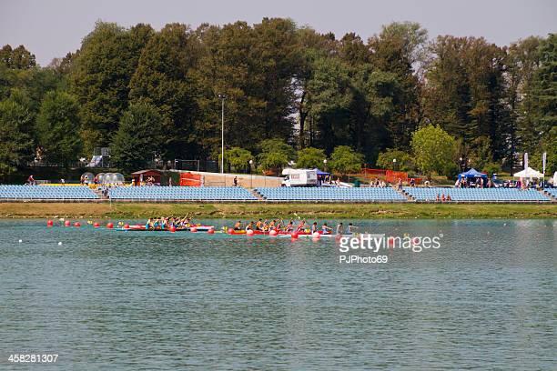 Starting race of canoes (Milan - Idroscalo)