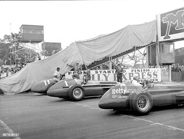 Startline Fangio Farina Ascari Alfa Romeos Ferrari 375 British GP Silverstone
