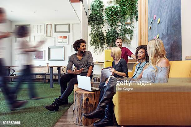 startup business meeting - flexibility stock pictures, royalty-free photos & images