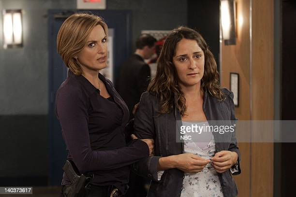 UNIT Starved Episode 8 Pictured Mariska Hargitay as Detective Olivia Benson Tina Holmes as Cora Kennison Photo by Will Hart/NBC/NBCU Photo Bank