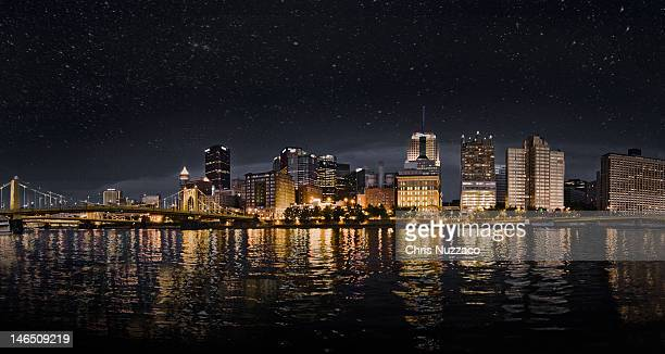 stary night sky over pittsburgh pennsylvania - pittsburgh stock pictures, royalty-free photos & images