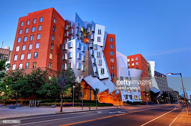 stata center mit - cambridge massachusetts stock pictures, royalty-free photos & images