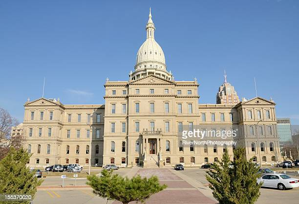 state capitol building, lansing michigan - michigan state capitol stock pictures, royalty-free photos & images