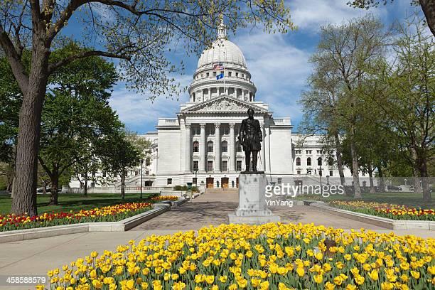 State Capitol Dome di Madison, Wisconsin in primavera