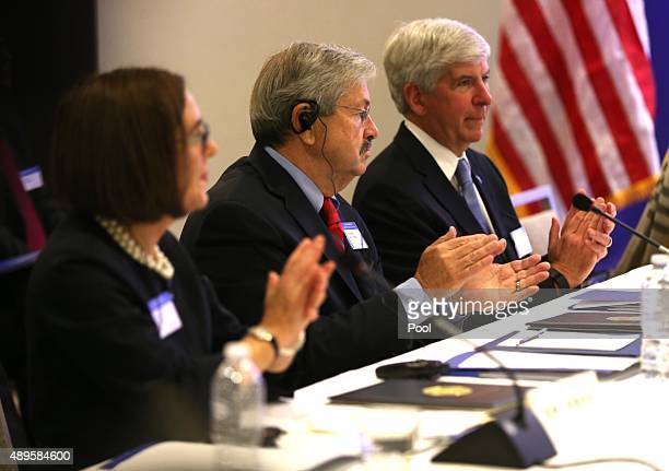 State governors Kate Brown of Oregon Terry Branstad of Iowa and Rick Snyder of Michigan listen as California Gov Jerry Brown and Communist Party...