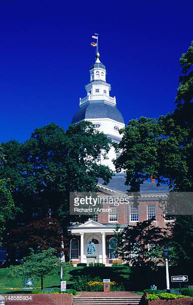 state house square and maryland state house. - maryland us state stock pictures, royalty-free photos & images