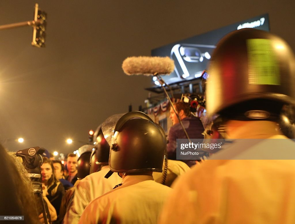 State police officers move in to control the crowd during the World Series at Wrigley Field in Chicago, Illinois, United States on November 2, 2016.