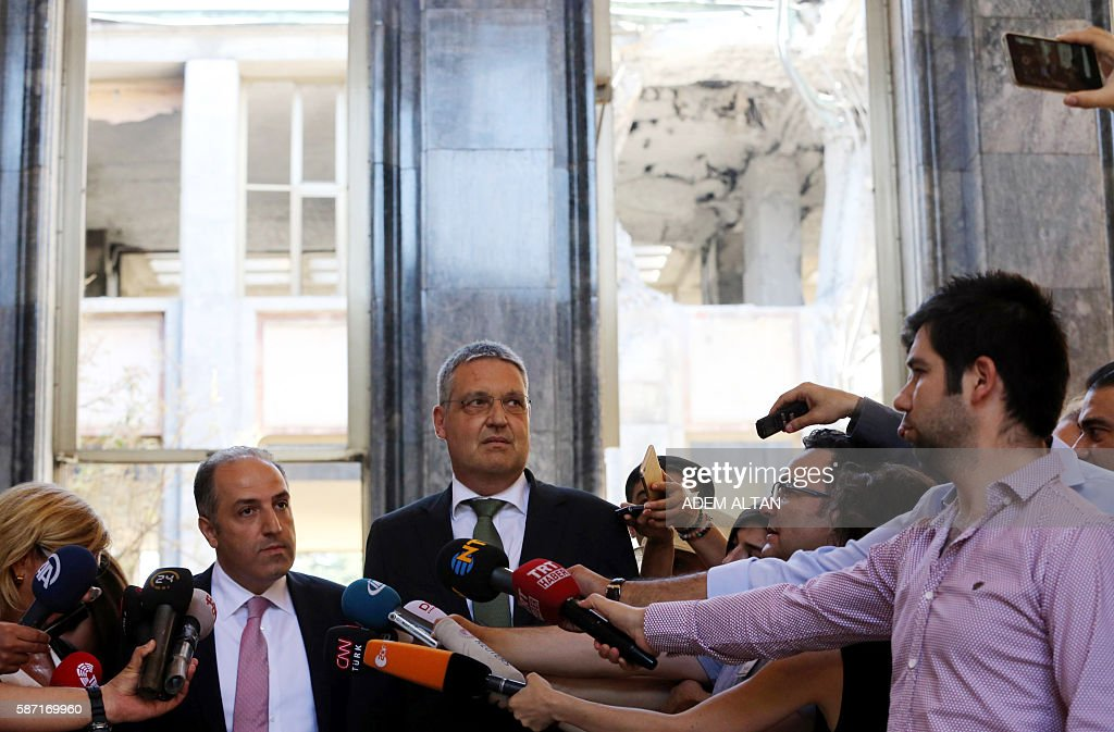 TURKEY-GERMANY-DIPLOMACY-POLITICS-COUP : News Photo