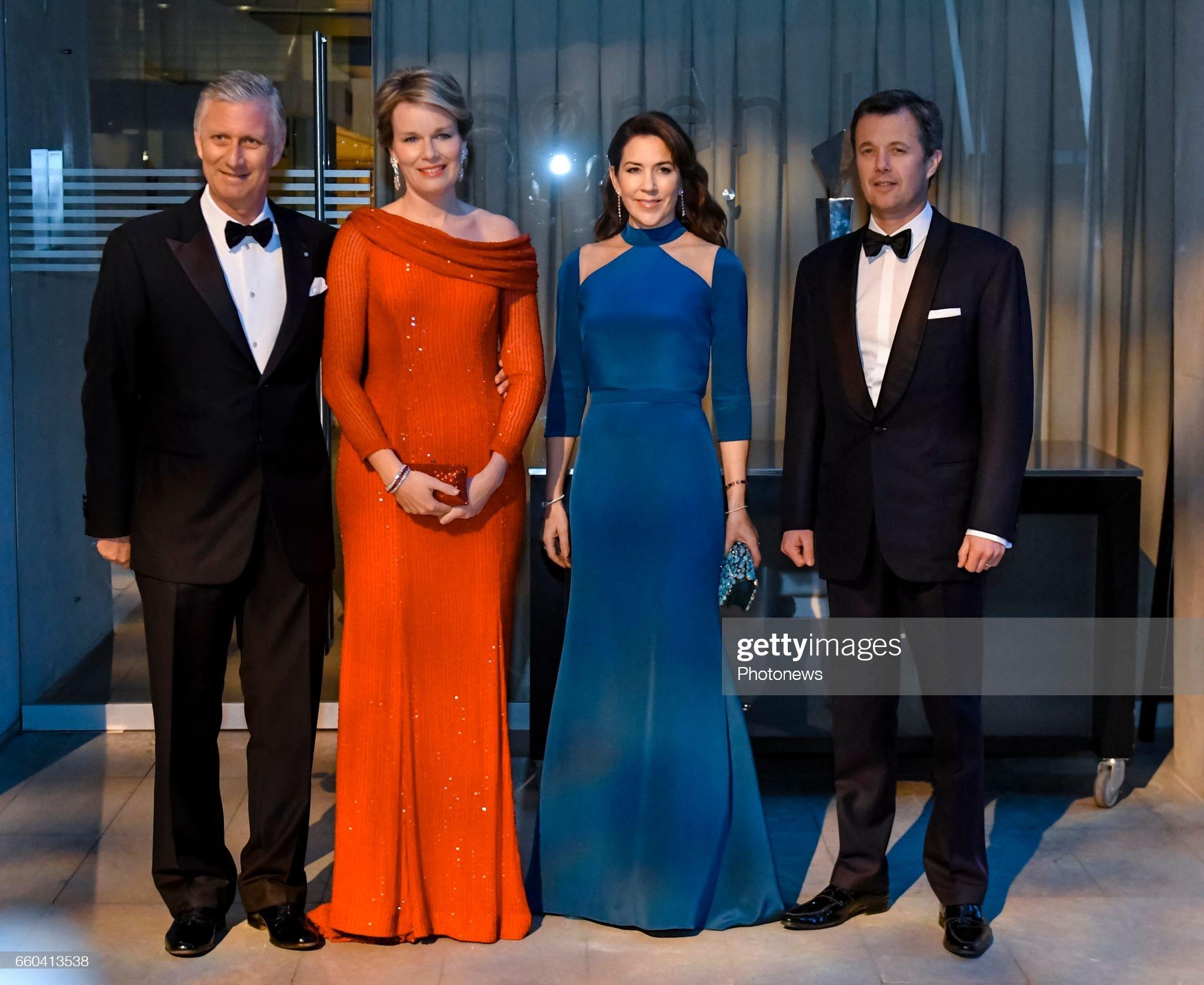 Вечерние наряды Королевы Матильды State visit of King Philippe and Queen Mathilde to Denmark : News Photo