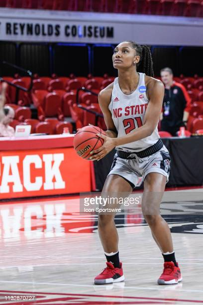 State Wolfpack forward DD Rogers during pre-game during the 2019 Div 1 Championship - Second Round college basketball game between the Kentucky...