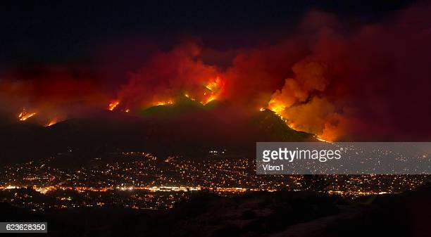 station fire over la - california wildfire stock pictures, royalty-free photos & images