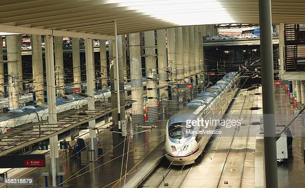ave station - alta velocidad espanola stock pictures, royalty-free photos & images