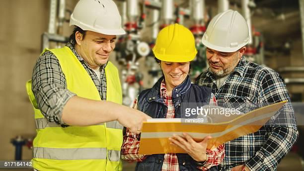Briefpapier Ingenieure bei der Arbeit