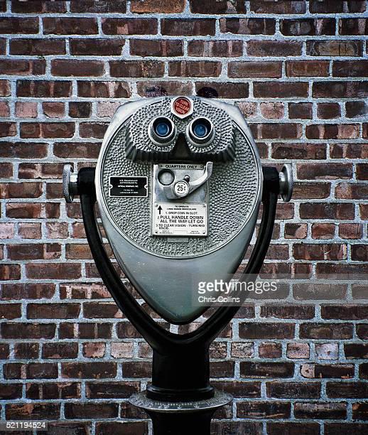 stationary viewer facing brick wall - irony stockfoto's en -beelden
