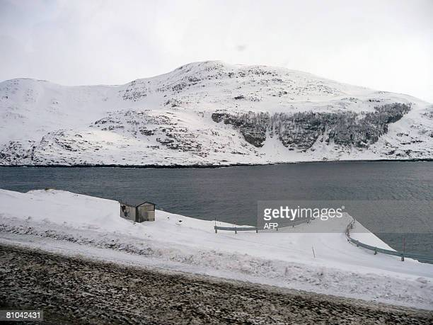 StatoilHydro discovers new gas reserves in Norwegian Sea The view from StatoilHydro's Snoehvit natural gas plant near Arctic Snoehvit gas field is...