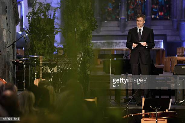 Statoils CEO Helge Lund speaks during a memorial ceremony in Stavanger Cathedral on January 16 2014 in Stavanger commemorating the first anniversary...