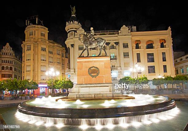 Statue and fountain in Cordoba medieval quarter