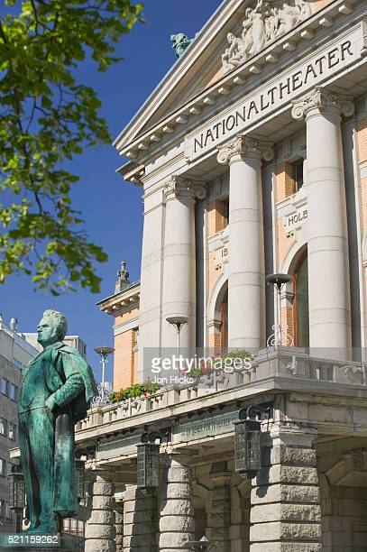 statue at national theater in oslo - performing arts center stock pictures, royalty-free photos & images