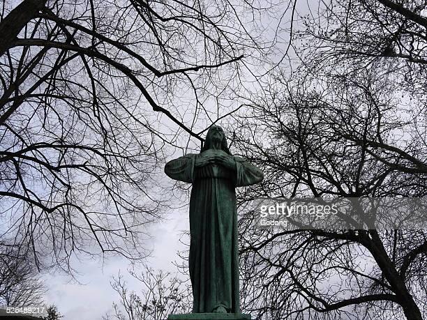 Statue Jesus Pere Lachaise cemetery
