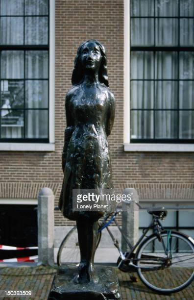 Statue of Anne Frank of Westemark around the corner from Anne Frankhuis (Anne Frank's house).
