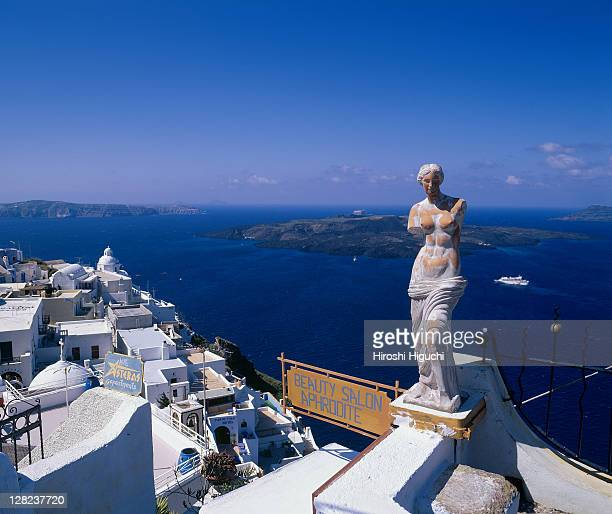 statue of aphrodite, santorini, greece - 女神アフロディーテ ストックフォトと画像