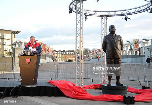 Statue of Arsenal Legend Herbert Chapman is unveiled by chairman Peter HillWood at Emirates Stadium one of three iconic statues to be placed at the...