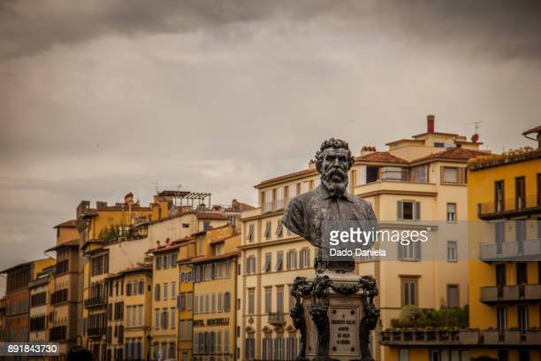 Statue of Benvenuto Cellini