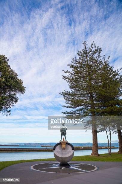 statue of captain cook - gisborne stock photos and pictures