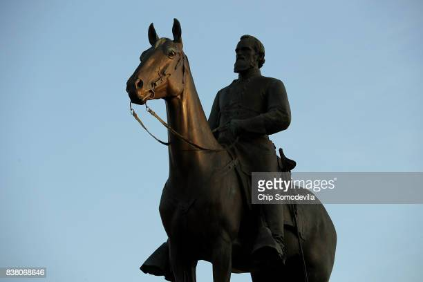 A statue of Confederate General Thomas Jonathan Stonewall Jackson unveild in 1919 stands at the intersection of Monument Avenue and North Boulevard...