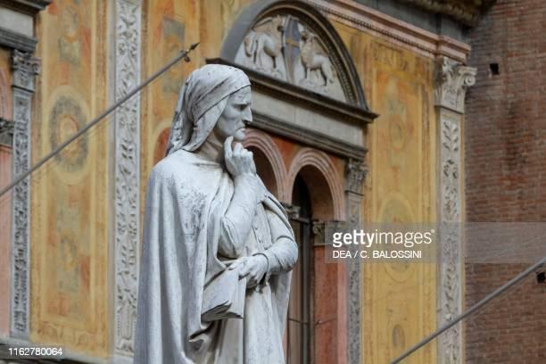 Statue of Dante Alighieri by Ugo Zannoni marble Piazza dei Signori Verona Veneto Italy detail