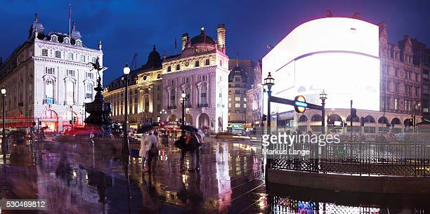 statue of eros, piccadilly circus, london, england, united kingdom, europe - piccadilly circus imagens e fotografias de stock