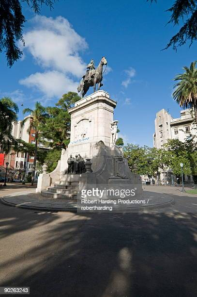 statue of general don bruno de zabala founder of uruguay, plaza zabala, montevideo, uruguay, south america - montevideo stock pictures, royalty-free photos & images