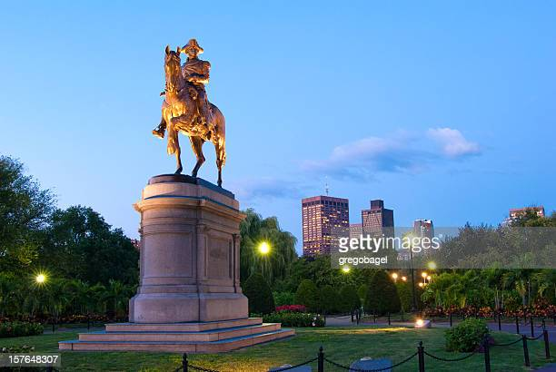 statue of george washington in the public garden at night - boston common stock pictures, royalty-free photos & images